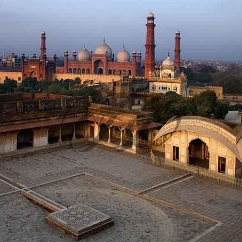 Badshahi Mosque by Sharjeel Anzar